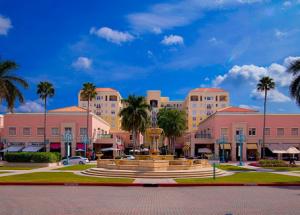 Mizner Park Boca Raton